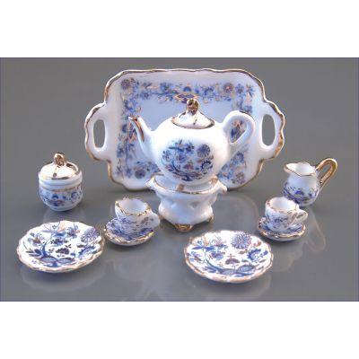 Tea Set. 11pc. Blue/Gold