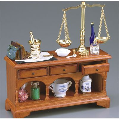 Pharmacist Table