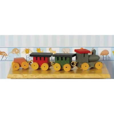 Wooden Train & Three Carriages ( D117 )