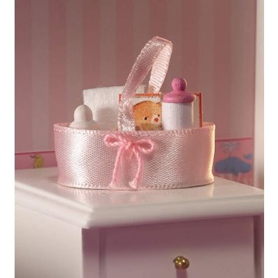 Baby's Accessories in Holdall