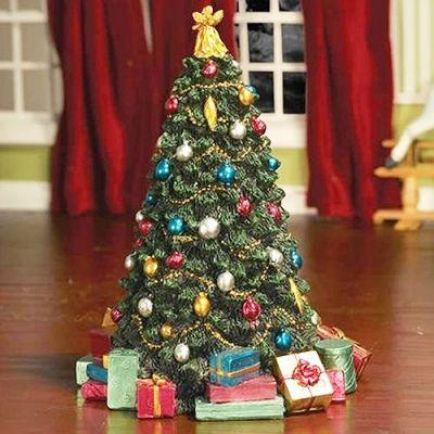Decorated Christmas Tree (PR)