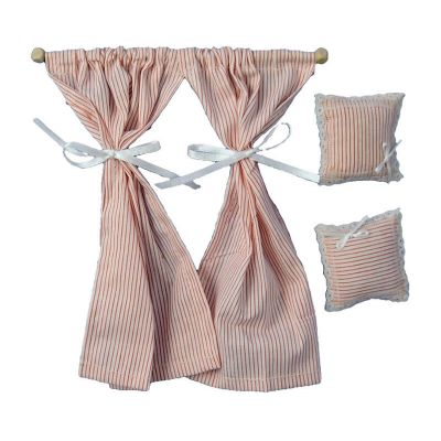 Curtains & 2 Cushions p&w