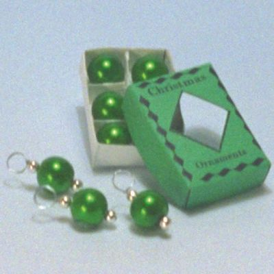 Green Christmas Decs (A1005)