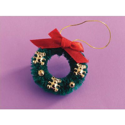 Teddy Christmas Wreath, 32mm diameter