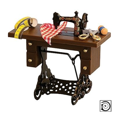 Sewing Machine with Table & accessories