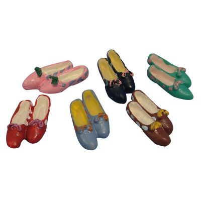 Pair of Shoes (6 colours to chose from)