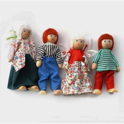 4 Doll Family Set