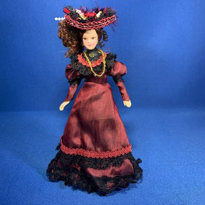 Victorian Lady Red Dress
