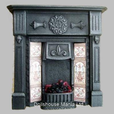 Lit  Fireplace (F3C)
