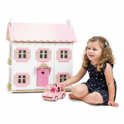 Sophie's House BUILT...COLLECTION ONLY
