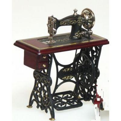 Sewing Machine (M)